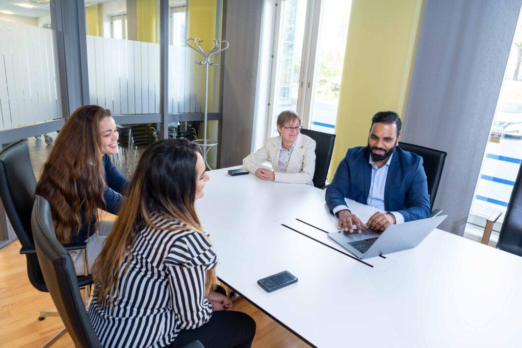 Effectus regnskap - møte i bedriften